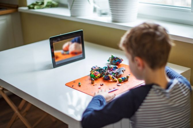 Top 5 Educational Games to Play with Your Kids